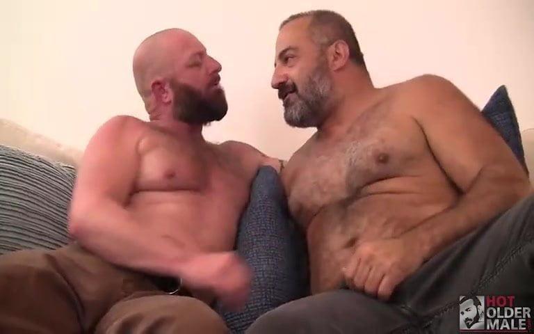 homme rencontre homme gay straight à Saumur