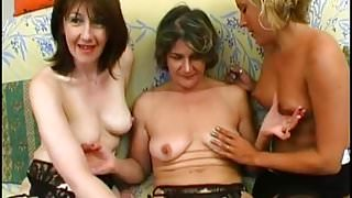 Christelle wants to fuck in a groupsex