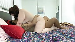 Amateur curvy wife rides husband - Susers2
