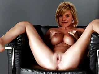 Amanda tapping photos sexy Amanda tappings 2-minute challenge