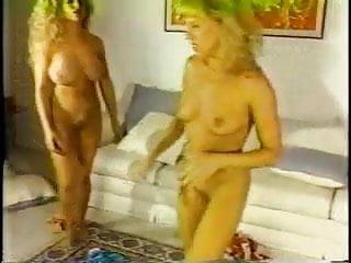 Paris nude blonde Nude blonde catfight