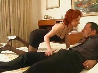 Redheaded woman mp3 - Italian redhead woman