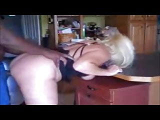Anyone know any free porn sites - Blonde bbw cuckold anyone know her name