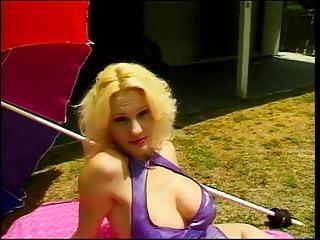 Hot horny milf butt - Hot horny milf sucks a cock in public