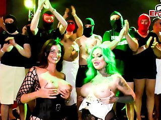 Extreme blow jobs multiple Cum swapping extreme multiple creampie loads at german party