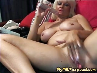 Shemale exposion - My milf exposed - granny milf playing with her old pussy