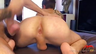 French twink takes a big cock in tight ass. Amateur gay porn