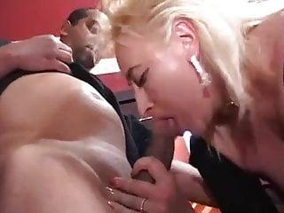Bang bar club gang slut story tramp wife - Gang bang au club echangiste