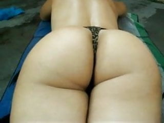 Sexy chicks ass shaking Sexy ass shaking and fucking