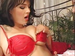 Kristi yamaguchi bikini - Bra busters 7 - scene 3 kristy klenot