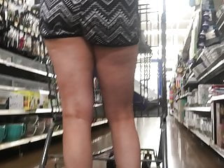 Adult behavior in in pattern workplace - Blonde pawg in pattern shorts part 2