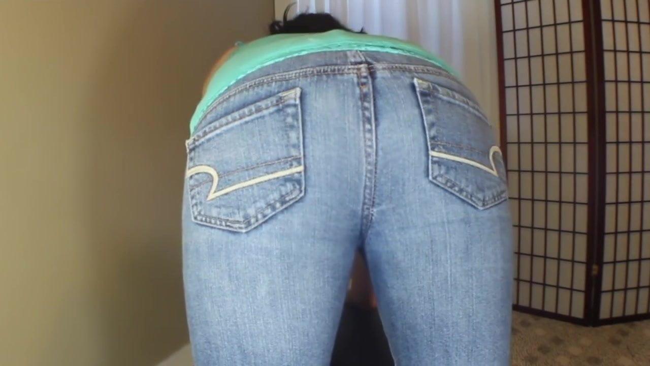 Big butt farts