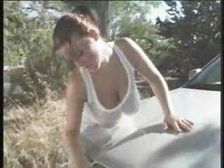 Pissing in car wash - Mandy may big tit car wash