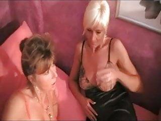 Mit sex tiere Dreier mit tante