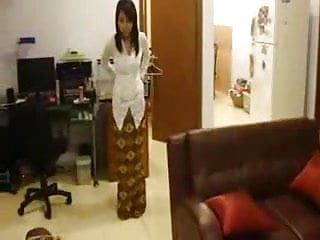 Asia sex girls from indonesia - Kebaya clad babe from indonesia strips