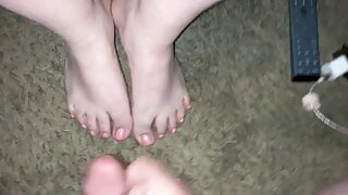 Compilation of messy cumshots on sexy Latina feet (Cum on fe