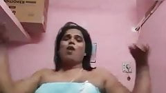 Tamil aunty hot dance