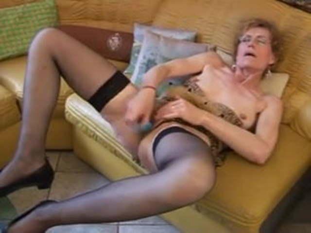 hot granny gefickt zu werden
