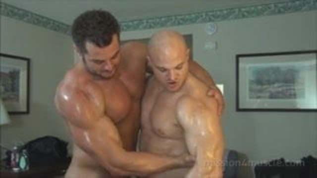 Big muscle men naked