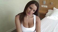 geile MILF mit groBen Titten will nur Sex