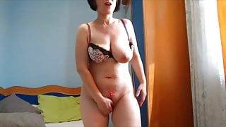 kinky mature mom nude dancing