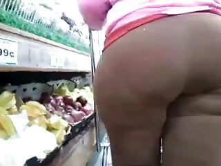 Bottom edition line marketing second - Candid booty in the market