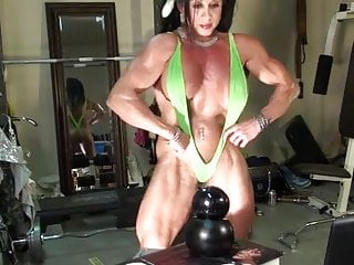 Sexy female bodybuilder Sexy female bodybuilder cam tease