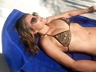 Hurley gridlock bikini Elizabeth hurley in a bikini