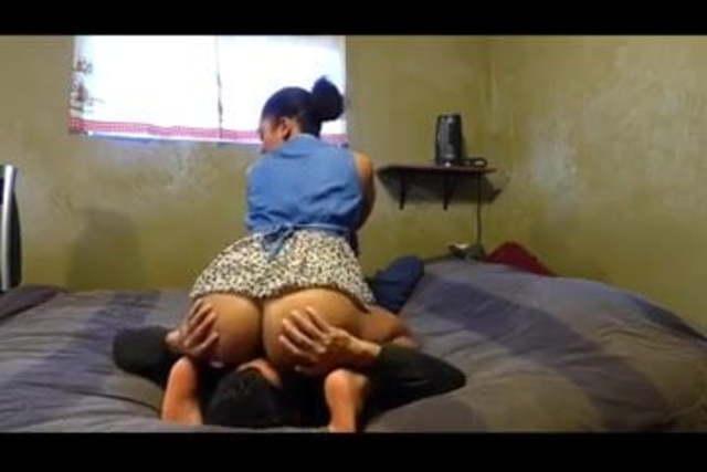 Ebony Face Sitting Lesbian