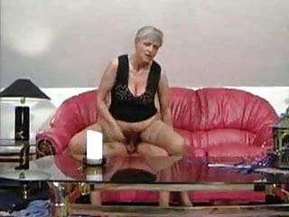 Gratis oma sex Omas und opas im sex-rausch