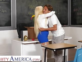 Sperm donation payments Naughty america- nikki delano gets sperm donated by student
