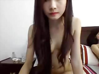 Hoang thuy linhs sex Girlshowcamx.top - linh with her friend chat sex on webcam