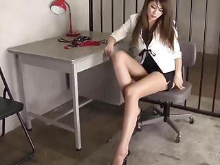 Long legged beauties porn - Beautiful long legs sexy asian girl.