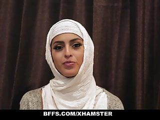 Celeberity orgy Bffs - shy inexperienced poonjab girls fuck in their hijabs