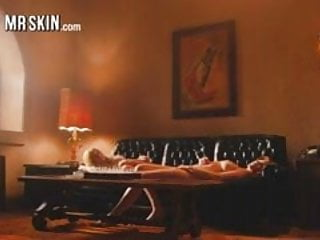 Lohan porno - Lindsey lohan wakes up nude after getting fucked