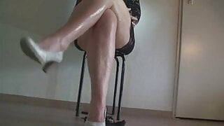 Hard tapping and leggy tease