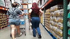 red hair Latina with fat ass pulls up her tight jeans