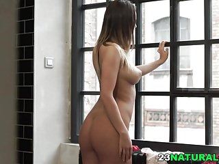 Big tit round ass kimmy Vanessa decker has an awesome round ass
