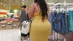 Monster booty Latina BBW MILF in yellow dress Pt 2
