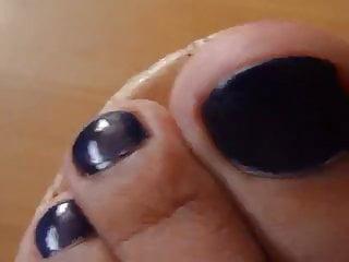 Purple fetish - Purple toes
