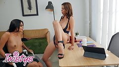 When Girls Play - Alexis Fawx Katya Rodriguez - College