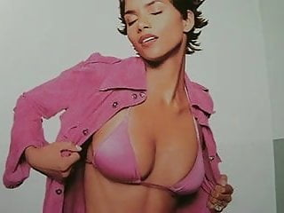 Ball berry halle in monster nude pic Super hot milf halle berry