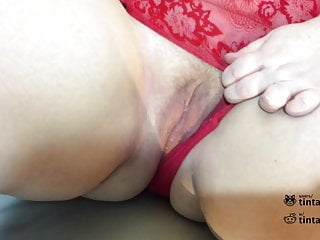 Woman using a vibrator Bbw wife fingered by husband cums while using a vibrator
