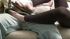 shoejob in sexi flip flop&footjob  2