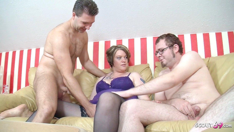 Bi Threesome Cum Eating