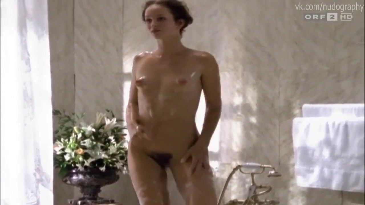 Lara körner nackt maria June