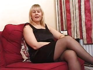 Natural 34c fucked English milf fucks