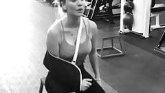 Kaley Cuoco working out with pokie nipples, arm in a sling
