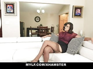 Creditcard not needed phone sex Mylf - milf having phone sex makes herself orgasm