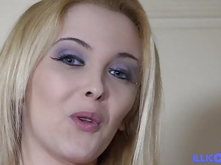 Women who like young pussy - Cristal young blonde who likes to please and get screwed